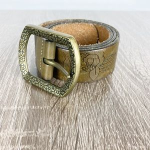 Fossil Leather Floral Embossed Belt Brass Sz Small